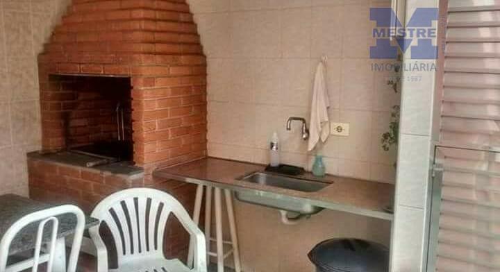 casa a venda, 03 dormitórios, sendo 01 na parte superior com varanda, sala 02 ambientes, cozinha...