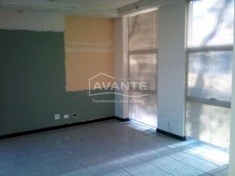 prédio comercial com dois pavimentos, 690m² de área construída (não averbado), em excelente localização, com frente...