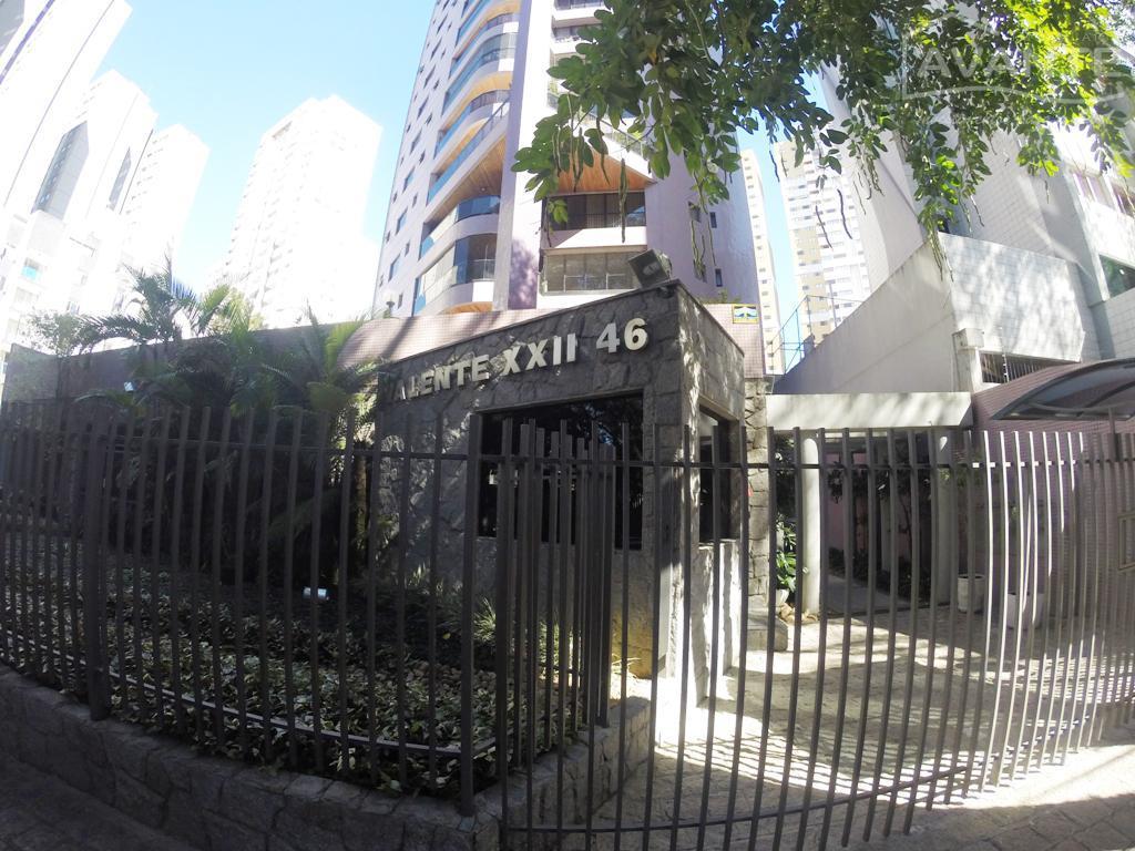 apartamento no edifício valente xxii, face leste, um apartamento por andar , elevador com senha, contendo...