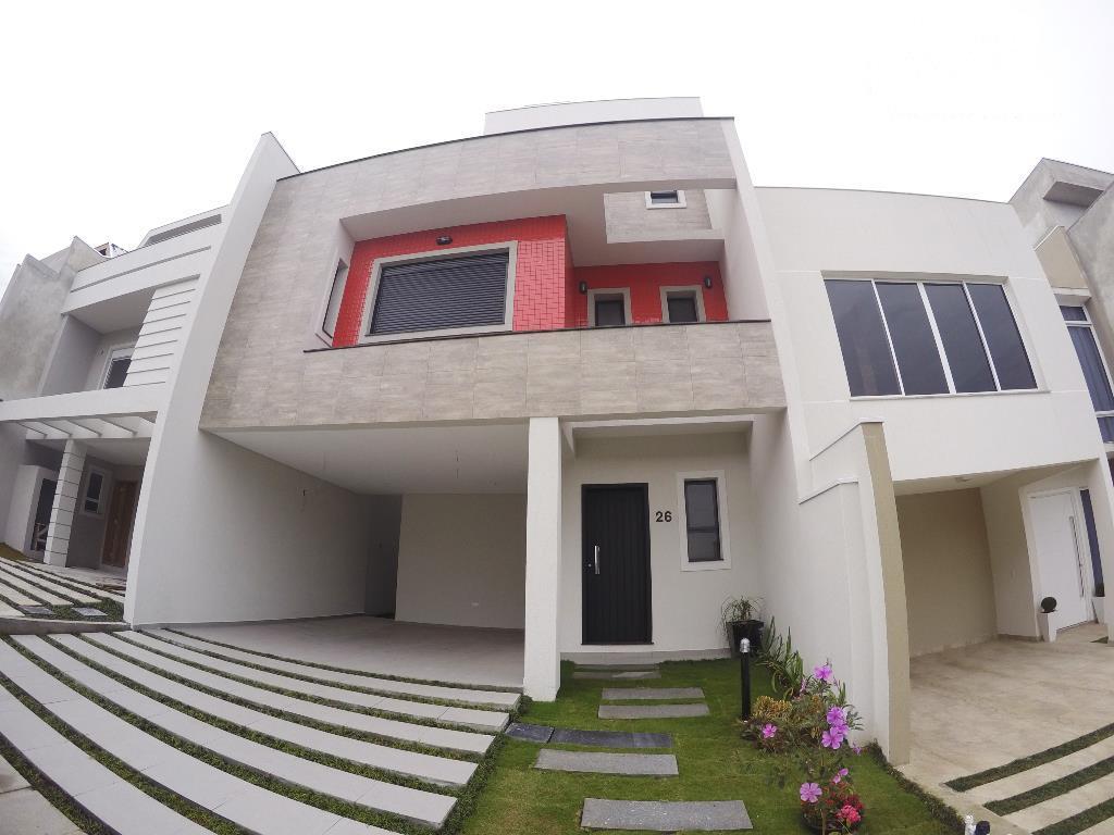 Triplex Novo em Condomínio Fechado, Bairro Uberaba, Curitiba.
