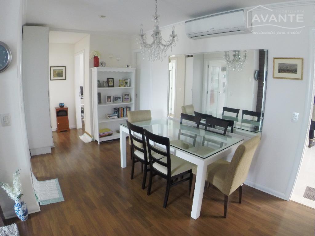 excelente apartamento localizado no batel, uma das regiões mais nobres e tranquilas da cidade. o grand...