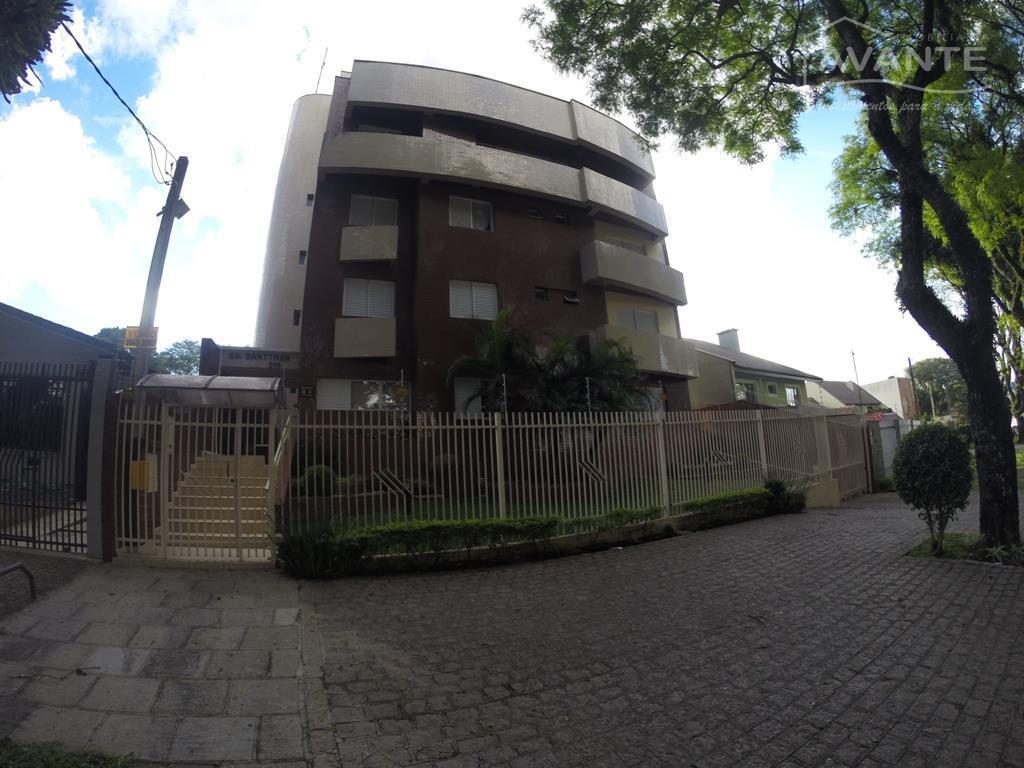 Apartamento térreo, com 2 dorms (1 suíte) e 1 vaga coberta. Água Verde, Curitiba - AP1072.