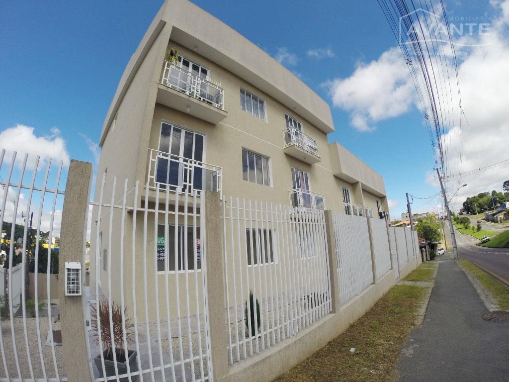 Apartamento - Pinheirinho - 2 dormitórios, 1 vaga - 75m²