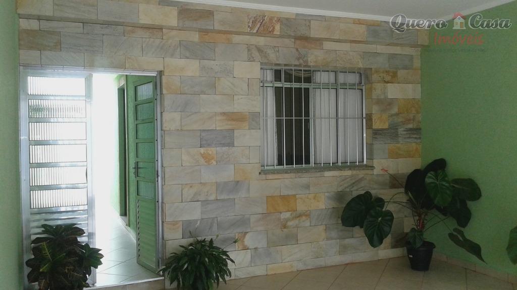 Sobrado  residencial à venda,2 Dormitórios, 4 Banheiros, Suí