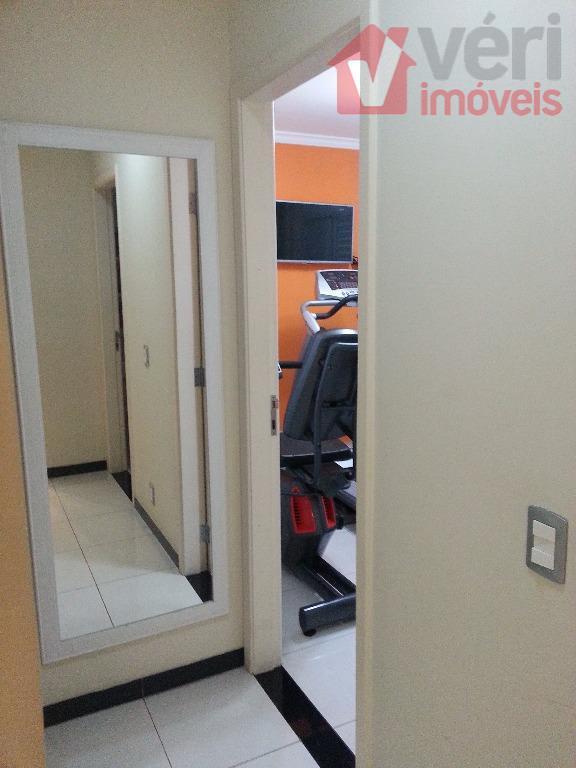 cobertura com 189 m², 3 dormitórios sendo 1 suíte máster com hidro, 3 vagas fixas na...