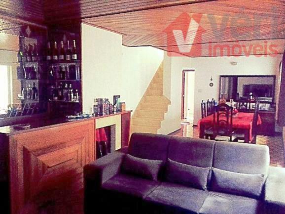 Casa 305m 4 Dorms 2 Vagas Piscina e Churrasqueira Vila Romana
