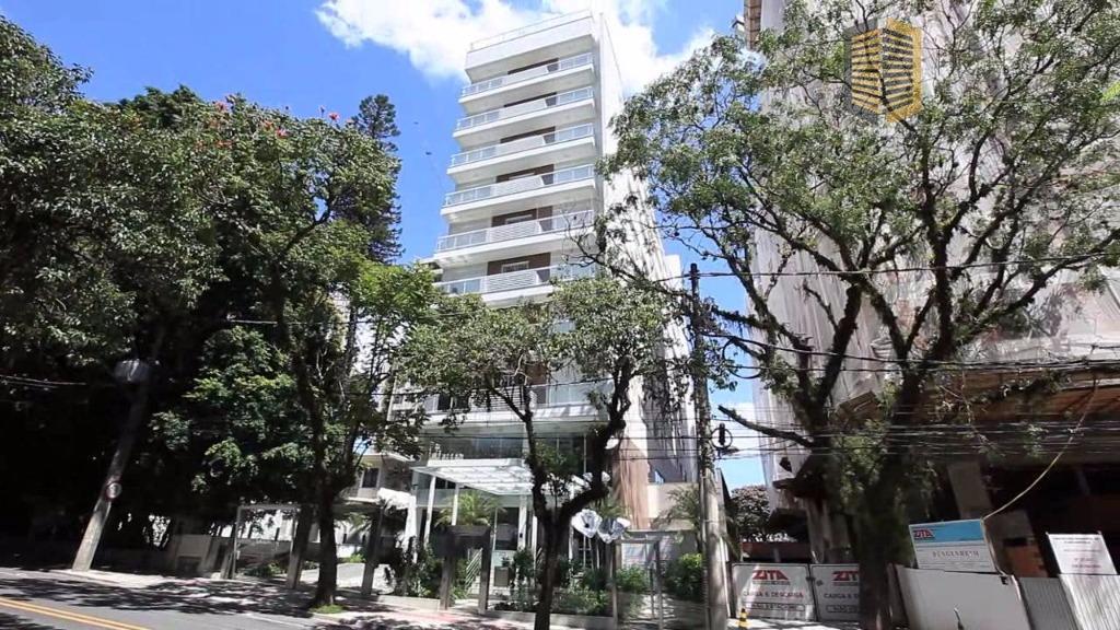 Amplo apartamento na área nobre de Floripa!