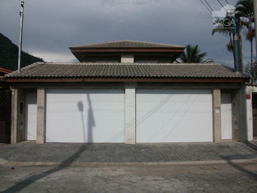 Casa residencial à venda, Alto Padrão, 4 Dormitórios, Piscina, Canto do Forte, Praia Grande.