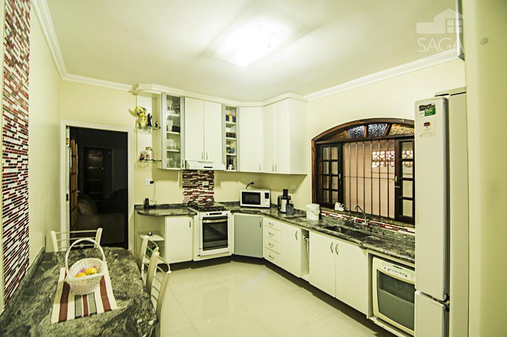 Casa Geminada, 3 Dormitórios, Suíte, Amplo Quintal, 2 Vagas de Garagem,Churrasqueira, à venda, Vila Guilhermina, Praia Grande