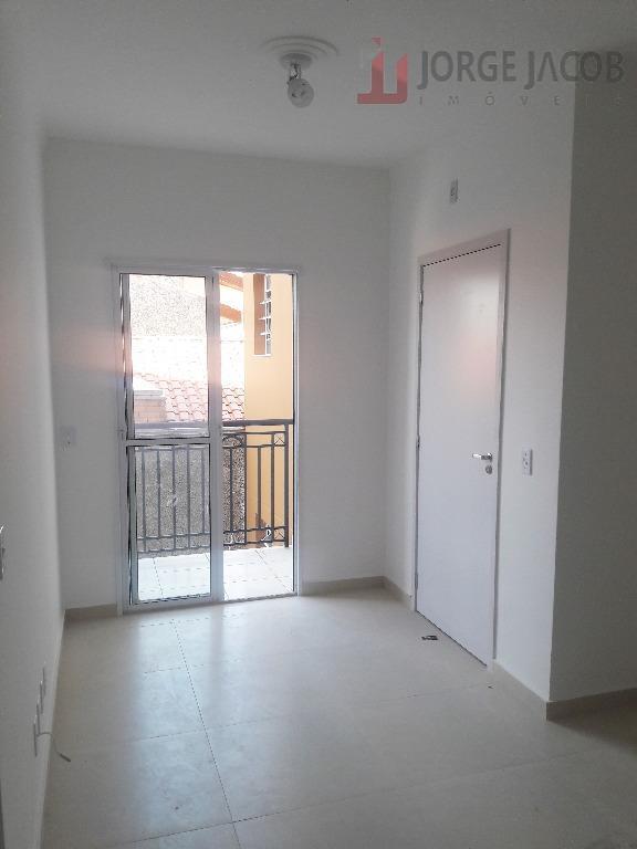 Apartamento com 1 dormitório para alugar, 59 m² por R$ 890/mês - Jardim Icatu - Votorantim/SP