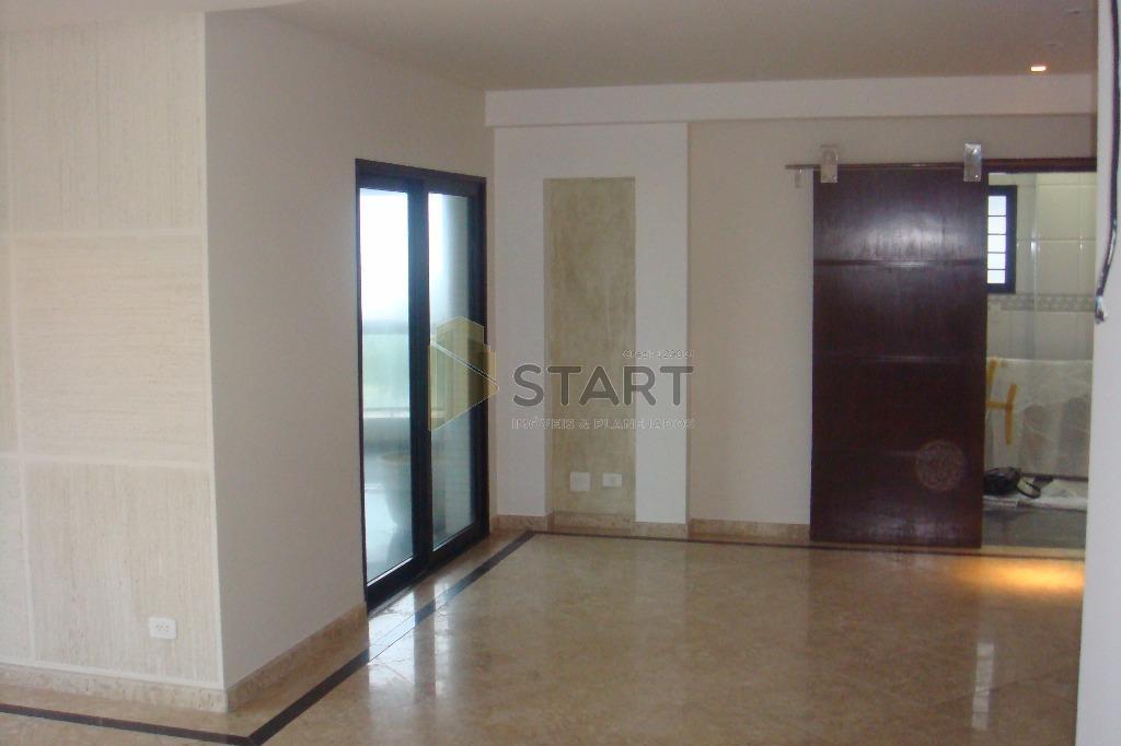 apartamento localizado em frente ao mar no canto do forte.possui 4 dormitórios, (sendo 1 suíte e...