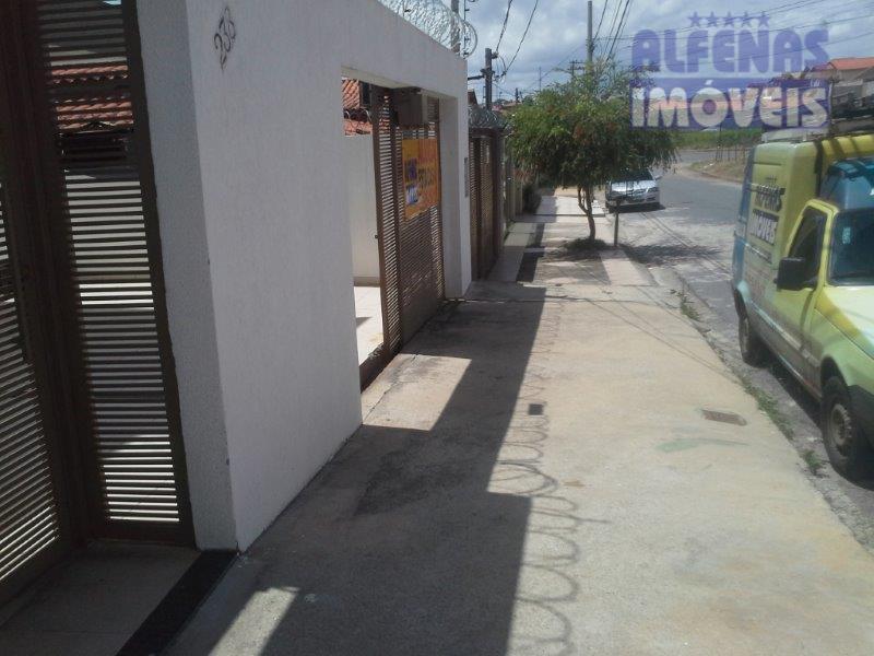 Casa  residencial para locação, Lúcio de Abreu, Contagem.
