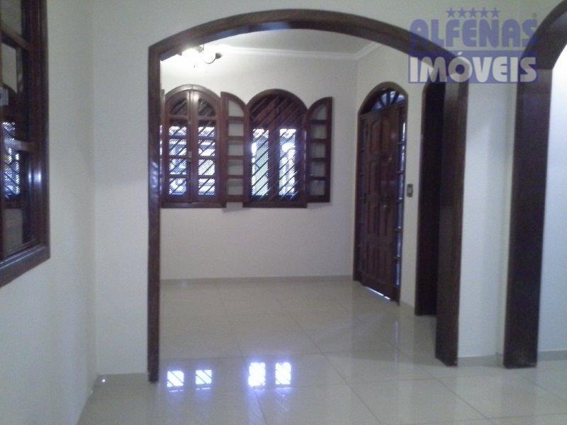 Casa para Fins Comercial ou Residencialpara locação, Santa Cruz, Contagem.
