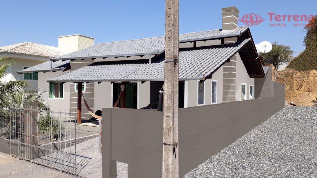 casa de alto padrão no bairro da velha em blumenau.este imóvel possui um excelente acabamento, distribuído...