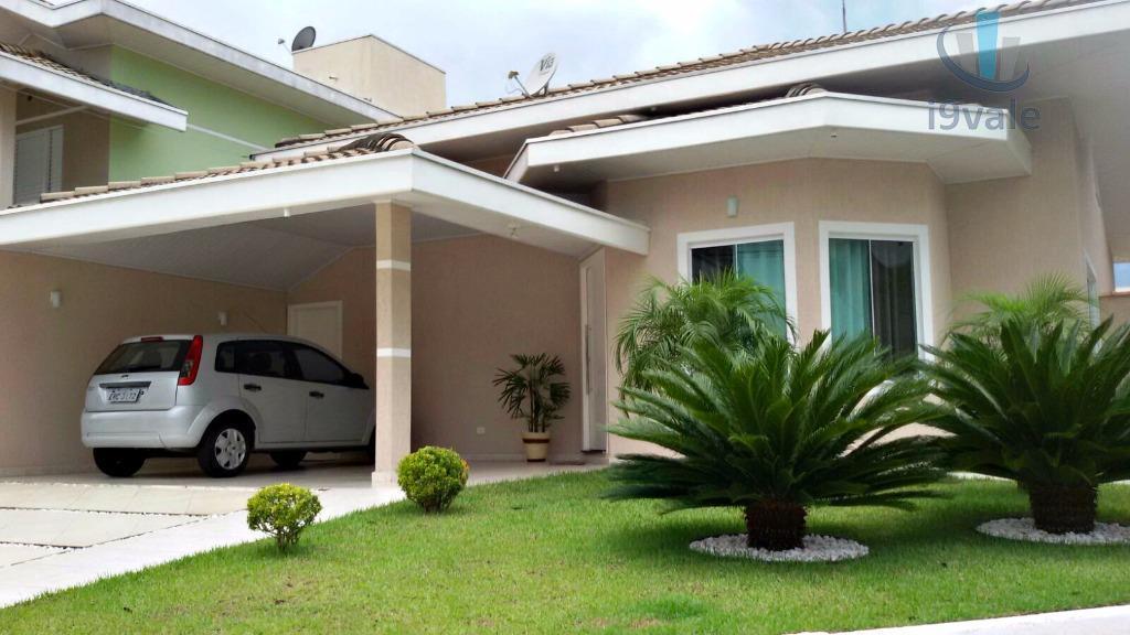 Casa de 3 dormitórios em Parque Califórnia, Jacareí - SP