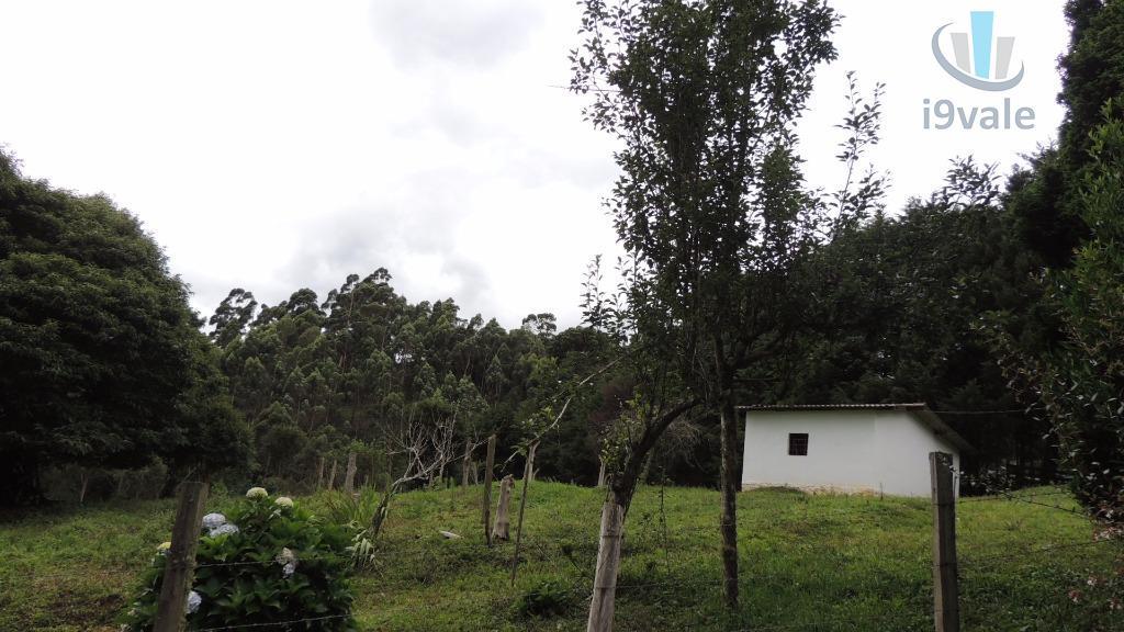 Chácara de 2 dormitórios em Terra Fria, Gonçalves - MG