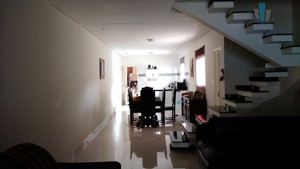 Sobrado de 3 dormitórios em Vista Linda, São José Dos Campos - SP