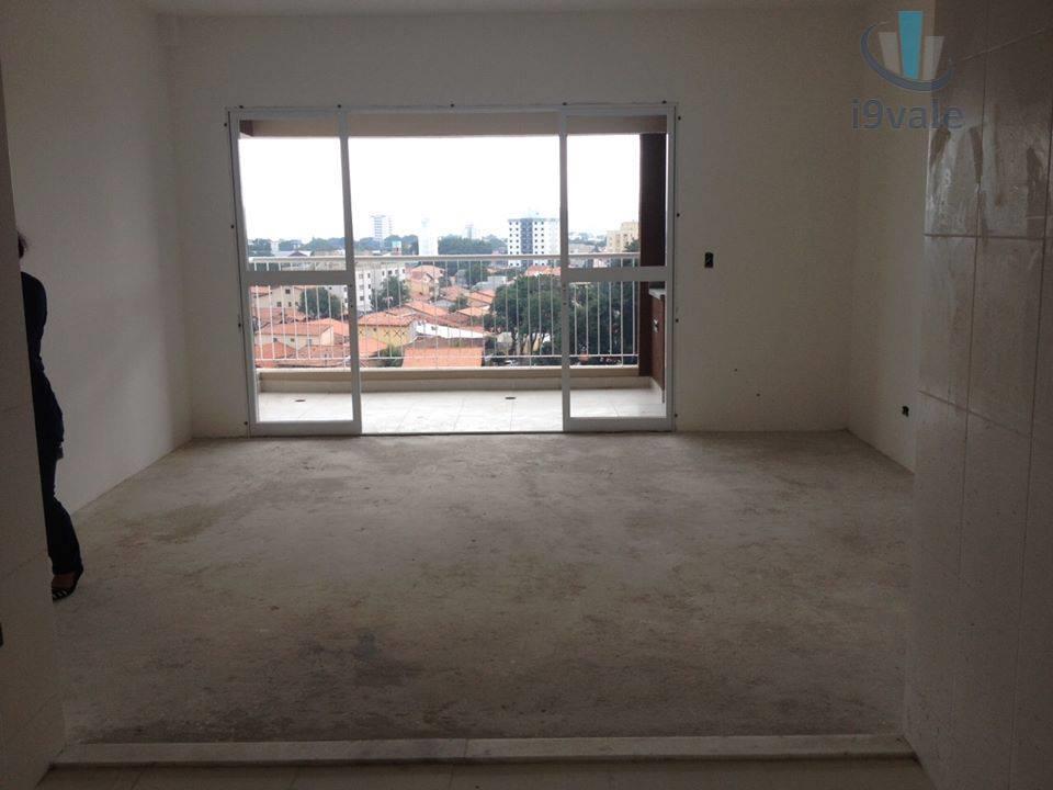 Apartamento de 3 dormitórios em Jardim Das Indústrias, São José Dos Campos - SP