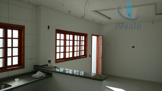 Casa de 3 dormitórios em Villa Branca, Jacareí - SP