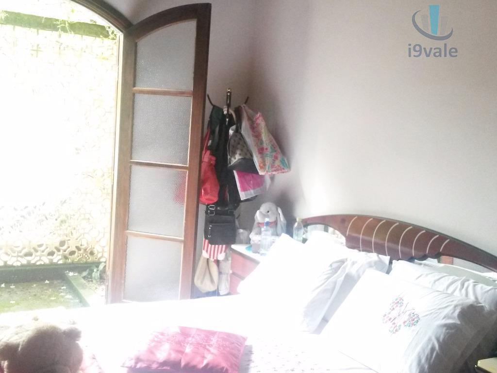 Chácara de 4 dormitórios em Freitas, São José Dos Campos - SP