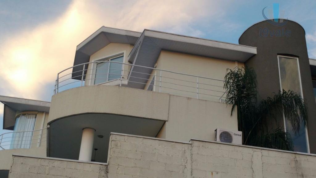 Sobrado de 4 dormitórios em Urbanova, São José Dos Campos - SP