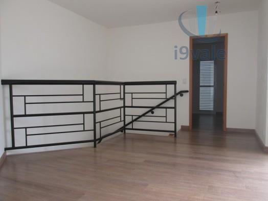 Cobertura de 3 dormitórios em Jardim Aquárius, São José Dos Campos - SP