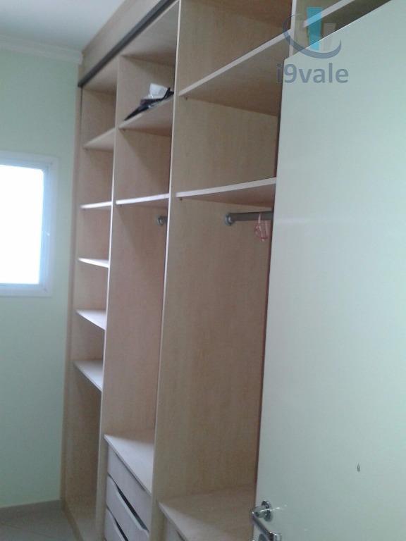 Sobrado de 4 dormitórios em Villa Branca, Jacareí - SP