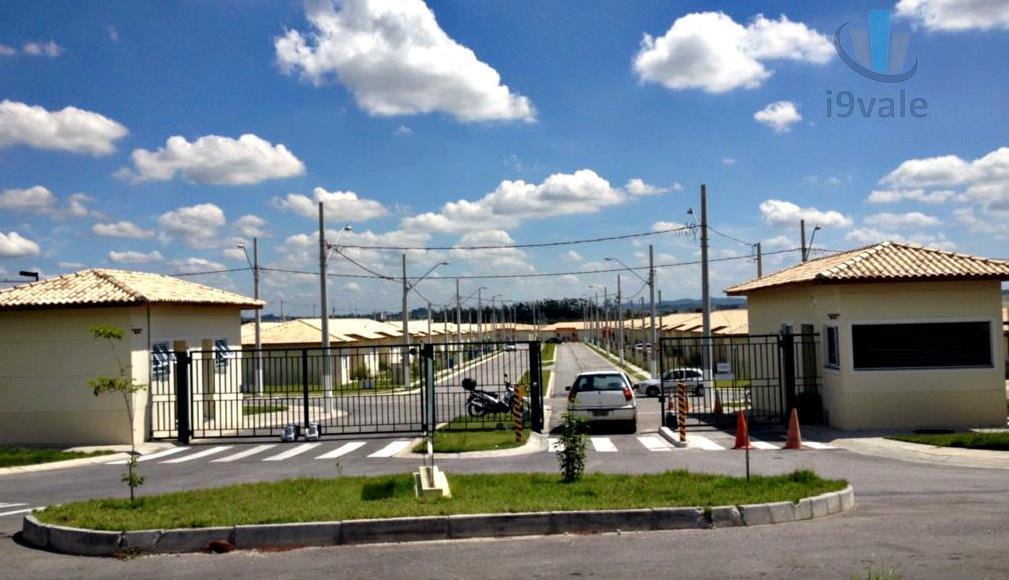 Casa de 2 dormitórios em Jardim Marcondes, Jacareí - SP