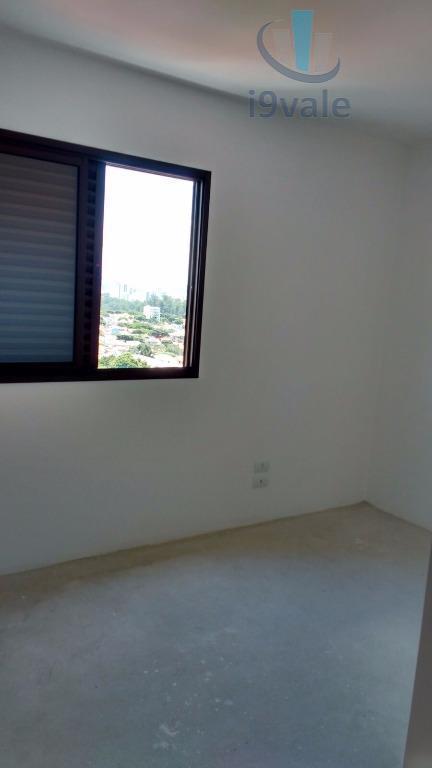 Apartamento de 3 dormitórios em Bosque Dos Eucaliptos, São José Dos Campos - SP
