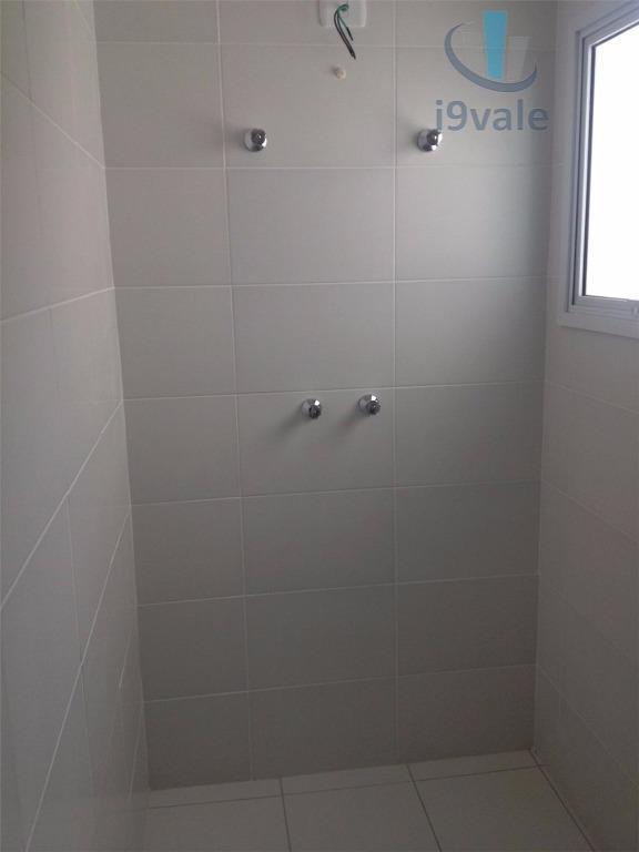 Apartamento de 2 dormitórios em Vila Adyana, São José Dos Campos - SP
