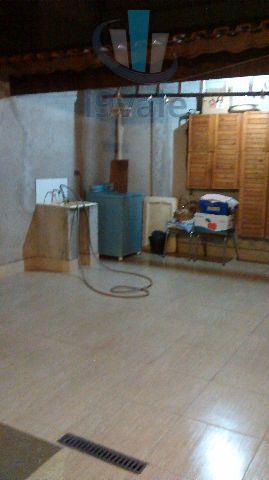 Sobrado de 2 dormitórios em Jardim Califórnia, Jacareí - SP