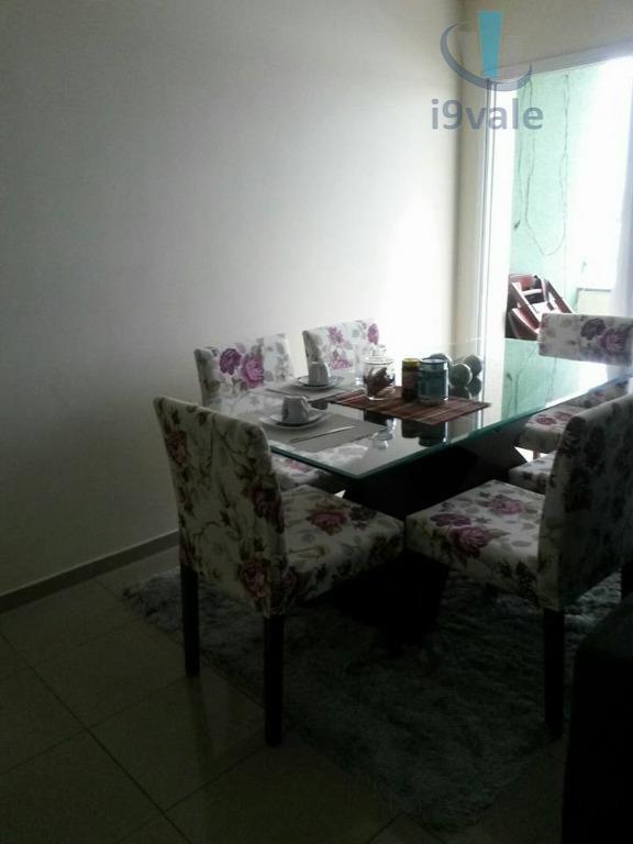 Apartamento de 2 dormitórios em Vila Tesouro, São José Dos Campos - SP