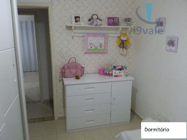 Sobrado de 3 dormitórios em Villa Branca, Jacareí - SP