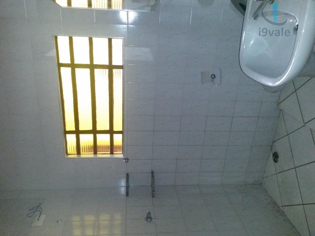 Casa de 4 dormitórios em Cidade Salvador, Jacareí - SP