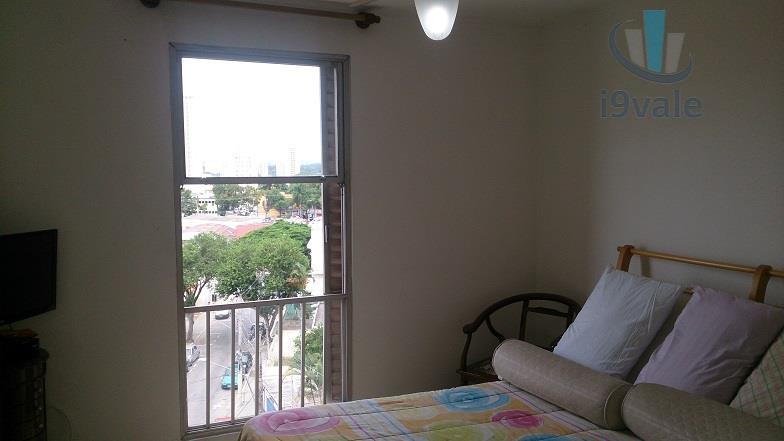 Apartamento de 4 dormitórios em Centro, São José Dos Campos - SP