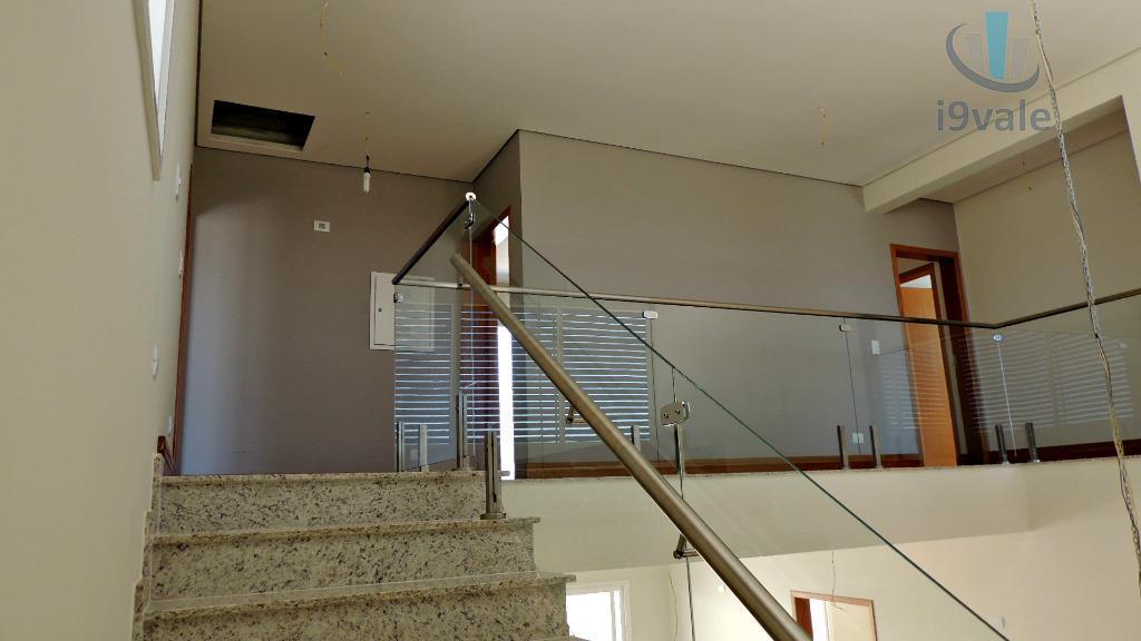 Sobrado de 5 dormitórios em Urbanova, São José Dos Campos - SP