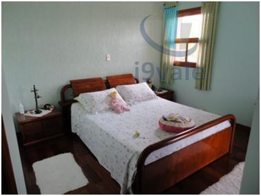 Sobrado de 3 dormitórios em Jardim Das Colinas, São José Dos Campos - SP