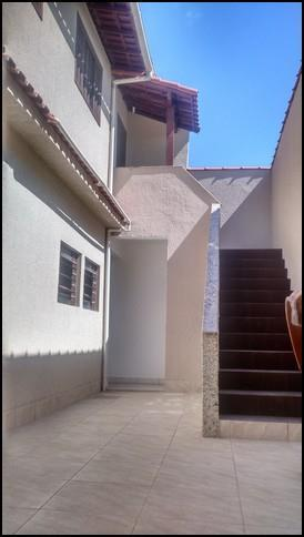 espaçosa casa com aproximadamente 326m² de área construída, em localização privilegiada, pertinho do terminal rodoviário de...
