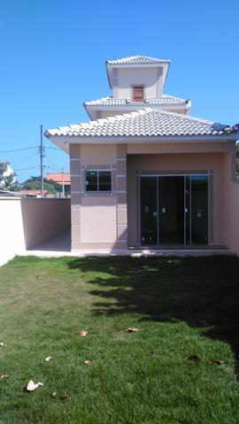 esplendorosa casa, estilo moderno contemporâneo, constituída de 3 leitos, sendo 2 suítes, sala com piso em...