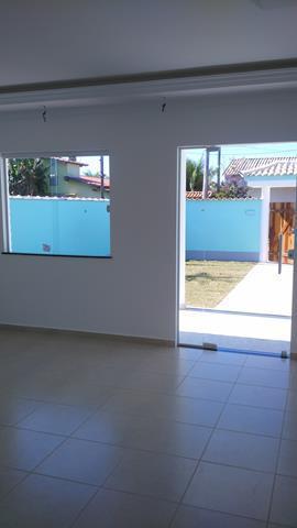 casa com 3 quartos sendo 1 suíte, sala em dois ambientes, cozinha, banheiro social, varanda, lavanderia...