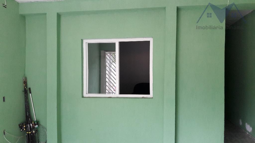 sobrado com 2 casas individuais no jardim dos ipês.ambas com 2 dormitórios, banheiro, sala e cozinha,...