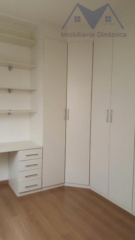maravilhosa casa com sala de tv , sala de jantar, cozinha, lavanderia ,garagem, ar condicionado em...