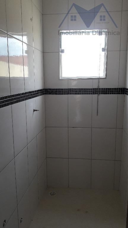 casa com dois dormitórios, sendo uma suite, sala, cozinha, lavanderia coberta,quintal espaçoso no fundo, garagem para...