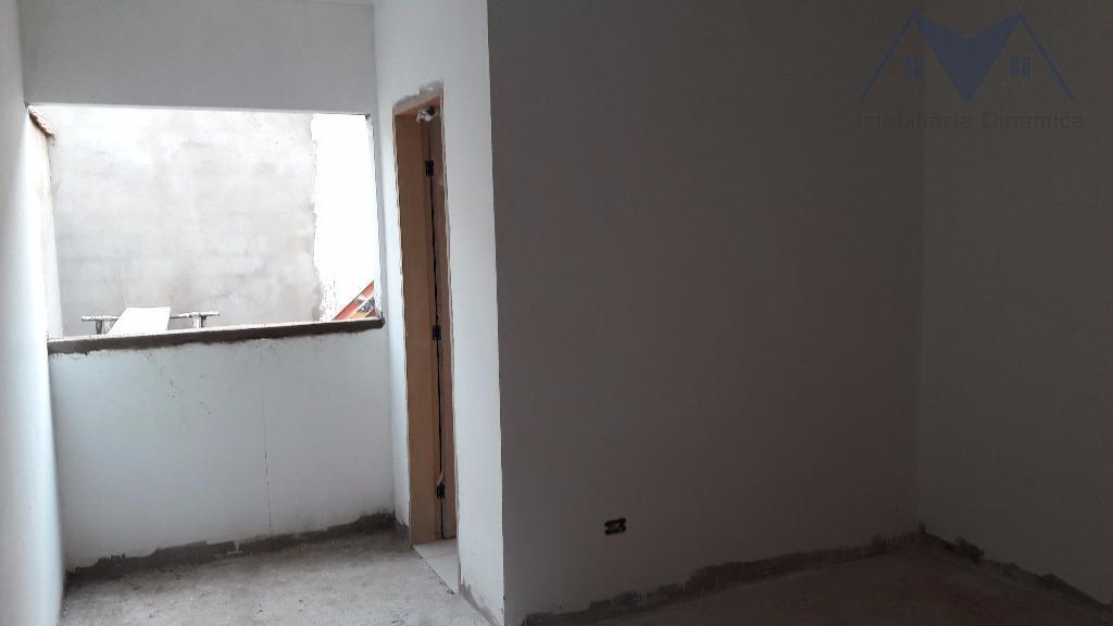 linda casa com dois dormitórios, sendo uma suite, sala, cozinha, banheiro social, lavanderia coberta, piso porcelanato...