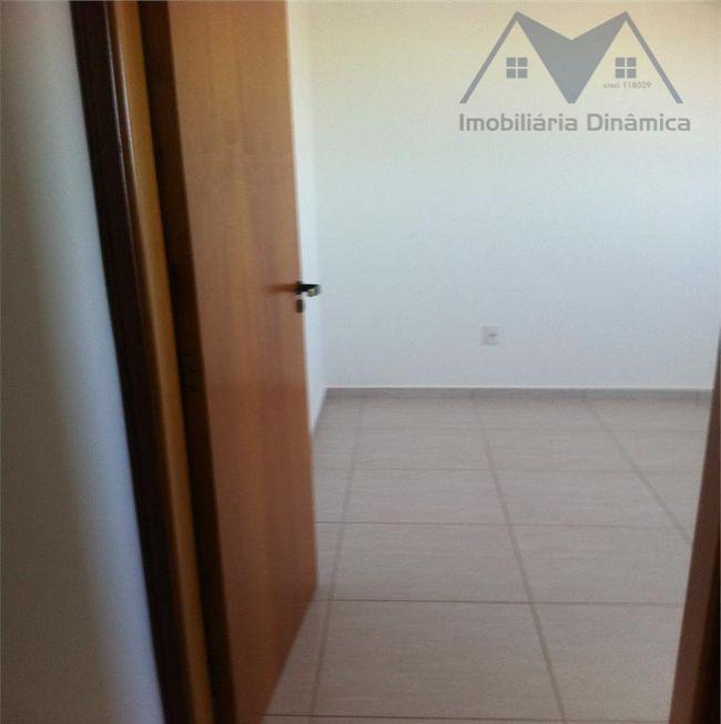 maravilhoso apartamento em nova odessa, dois dormitórios , banheiro com armários, sala de estar com sacada,...