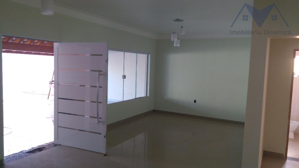 maravilhosa casa em sumaré no bairro residencial ravagnani, 3 (três) dormitórios sendo uma suite, sacada em...