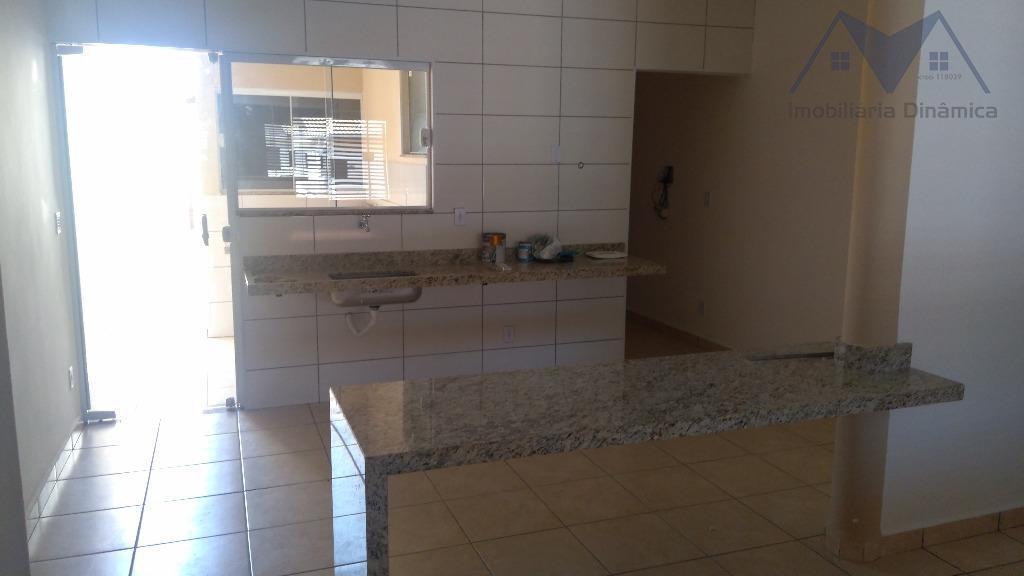 casa em sumaré, dois dormitórios, suite, sala ,cozinha com mesa em granito, banheiro social com acabamento...