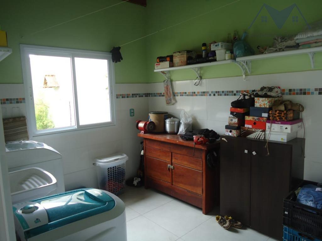belíssimo sobrado no jardim residencial ravagnani, com três dormitórios sendo 01 suíte master com hidromassagem, closet,...