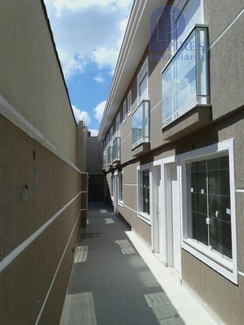 sobrado em condomínio fechado.2 dormitórios (2 suítes), sala, cozinha, lavabo, 2 vagas de garagem, espaço gourmet...