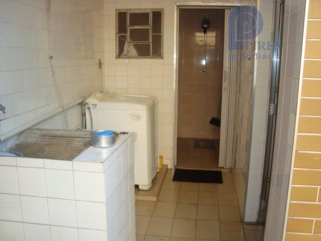 3 dormitórios, sala ampla, cozinha ampla, 2 banheiros, lavanderia, quintal, edícula com 1 dormitório e 1...